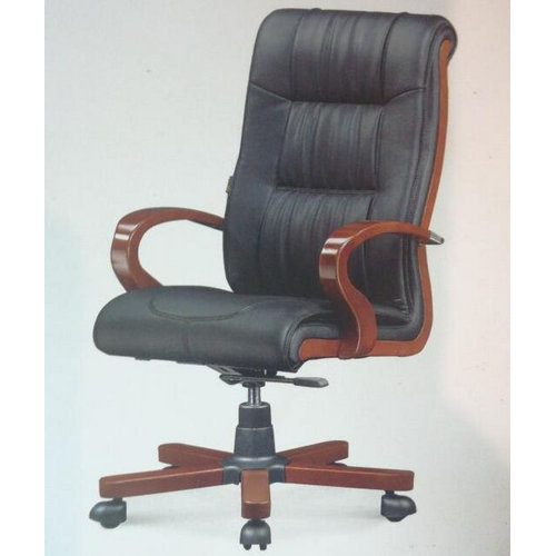Good Quality Solid Wood Frame Leather Office Director Chair / Wooden Executive Swivel Chairs